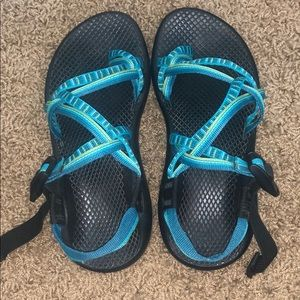 Women's Double strap around the toe chacos